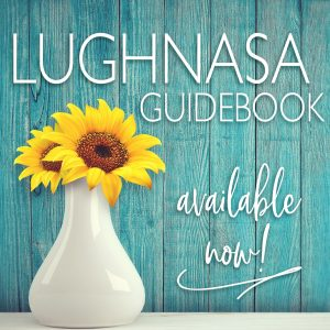 Click here to get your seasonal guidebook from The Seasonal Soul / Click here to get your seasonal guidebook • Includes: seasonal ritual, journal prompts, soul work & more.